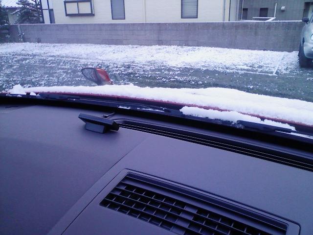 うっすらと雪